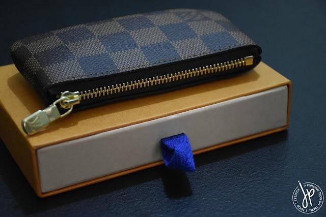 full brown checkered coin purse