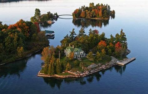 Az Ezer szigeteknél az Ontario tavon