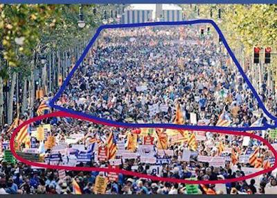 manifestación Barcelona , catalanistas, detrás no nacionalistas