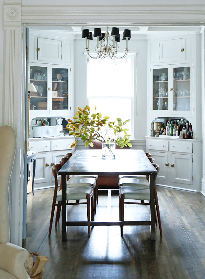 This house is gorgeous. A Chicago Family's Victorian Cottage {Cool Chic Style Fashion}