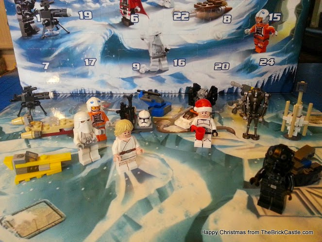 The LEGO Star Wars Advent Calendar Day 16 Zev Senesca pilot minifigure
