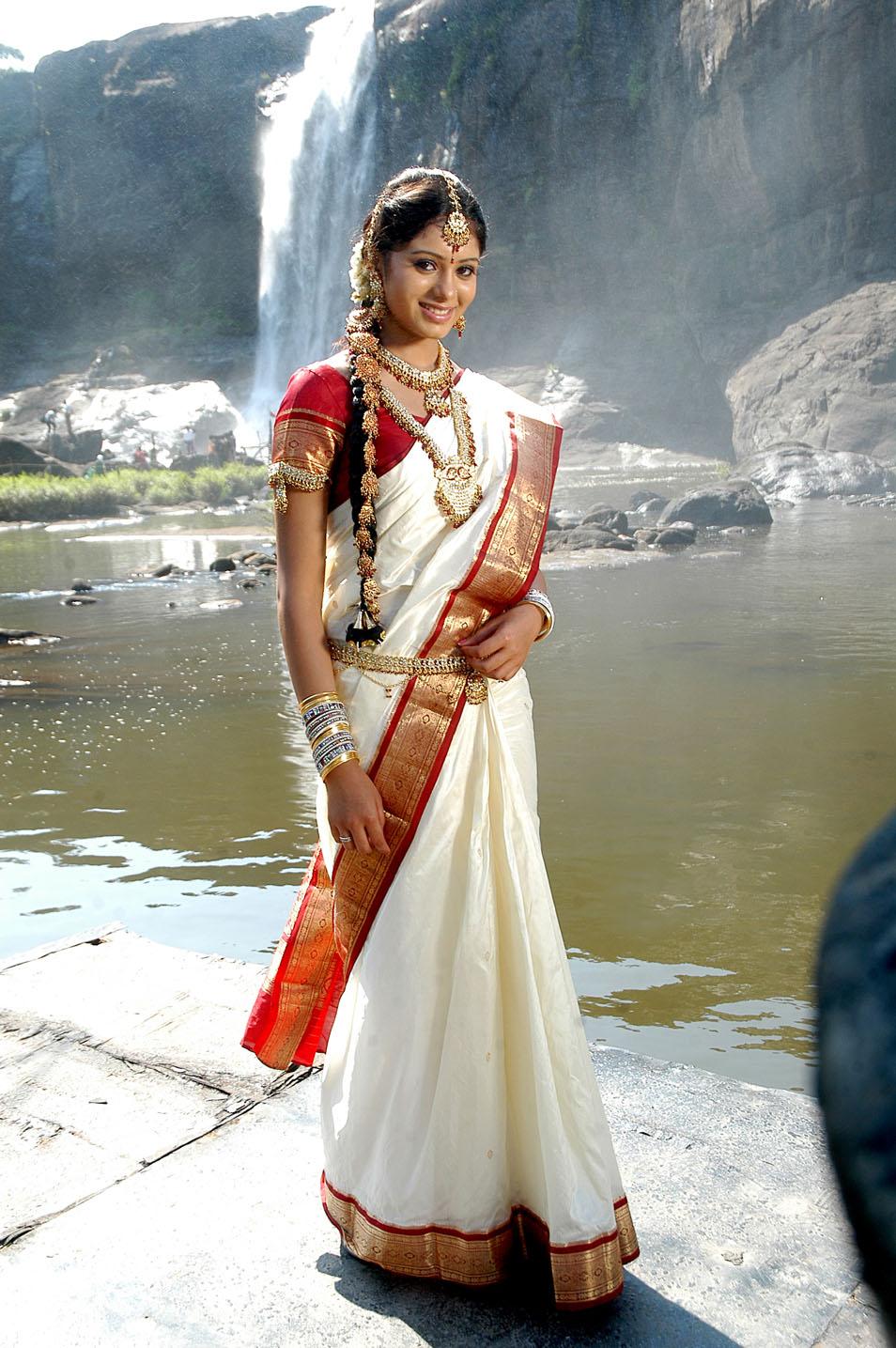 Deepa Sannidhi Stills Sarathi Movie Beautiful Indian -8345