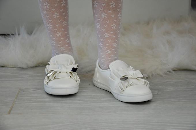 La salopette: un must have della moda bambini