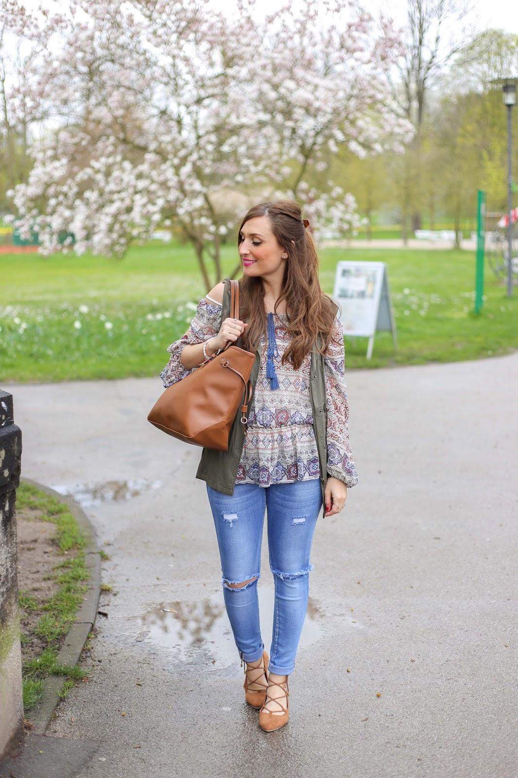 Khaki Blazer - Khaki Jacke Fashionblogger - Off-Shoulder top - Fashionstylebyjohanna - braune Flats Blogger