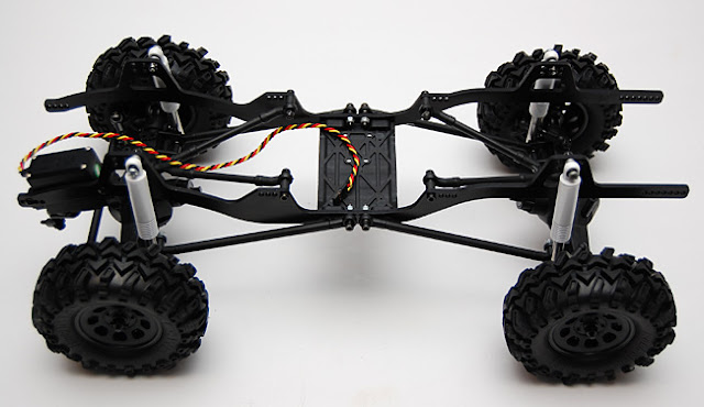 Axial AX10 X-Trail chassis roller