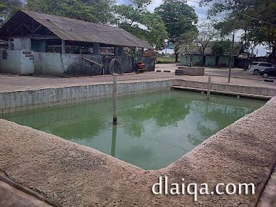 kolam tanpa atap