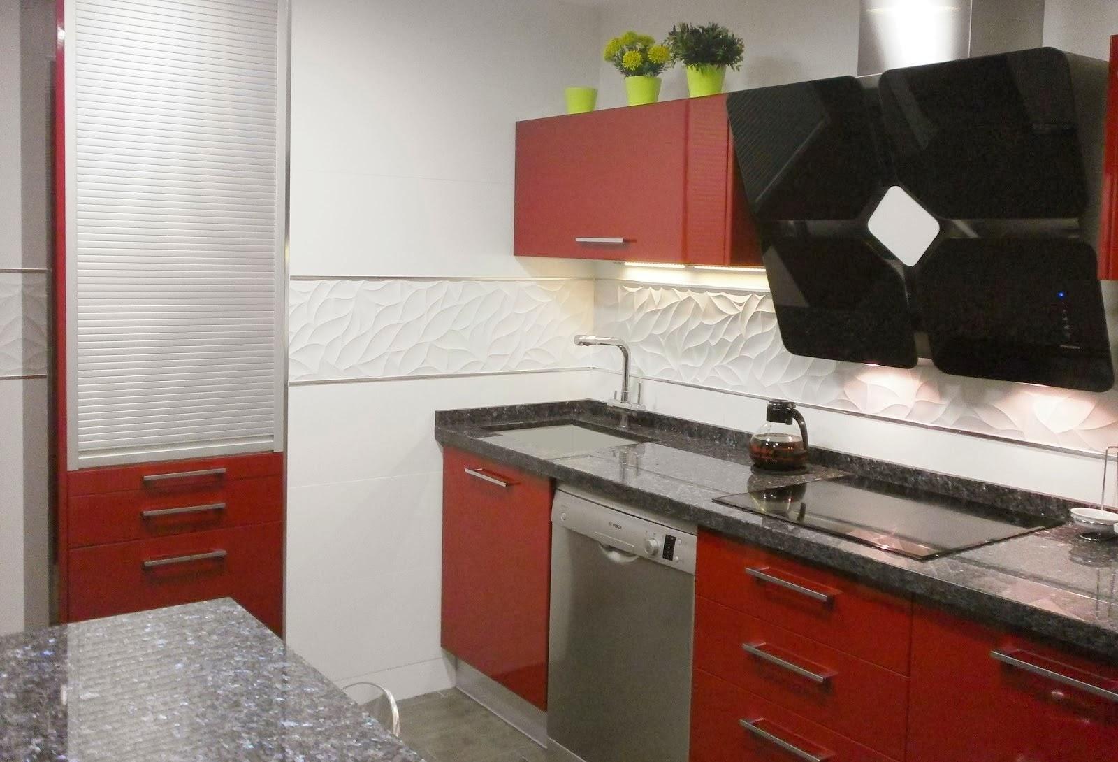 Cocina Rojo Burdeos   Color Wengue Y Burdeos Facilisimo