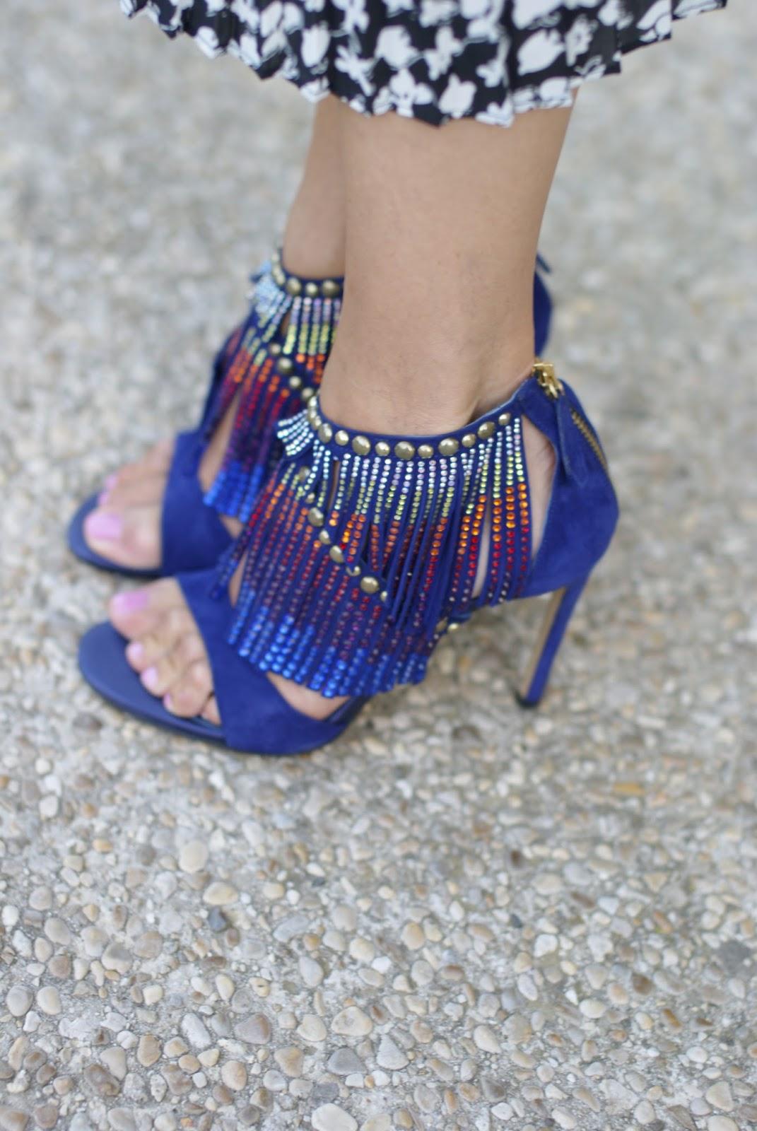 Giancarlo Paoli sandals on Fashion and Cookies fashion blog, fashion blogger style