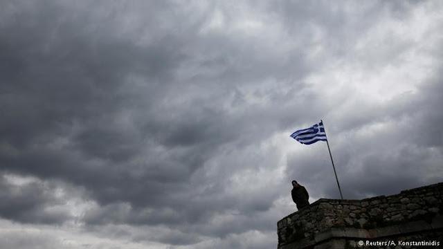 Γιατί η Ελλάδα δεν έκανε βήματα μπρος στη μνημονιακή εποχή;