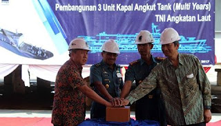 Keel Laying Pembangunan Kapal Angkut Tank