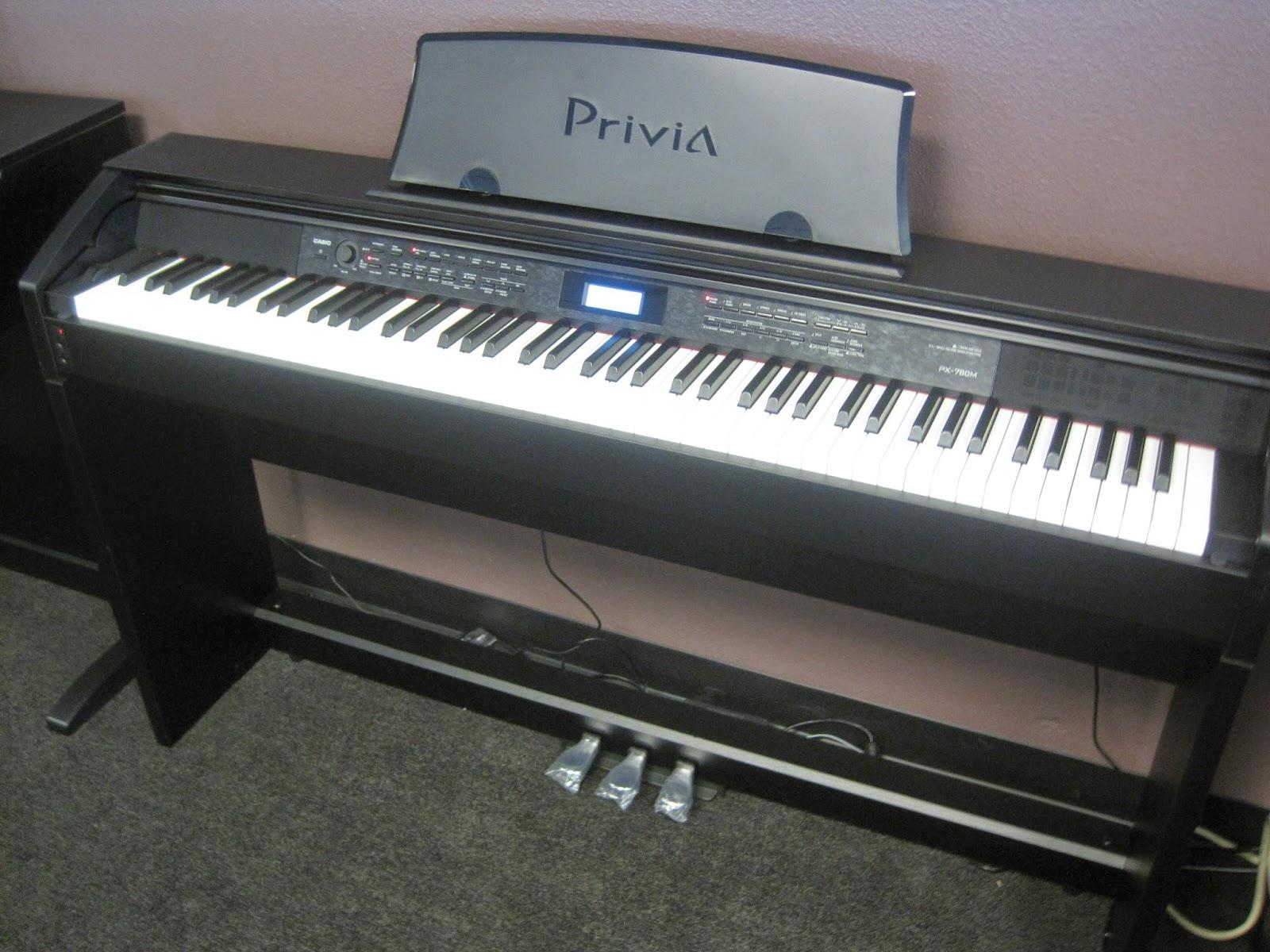 Casio PX780