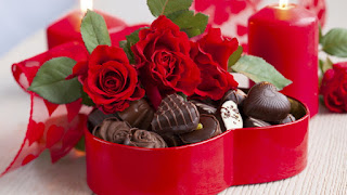 Bunga dan Cokelat Valentine