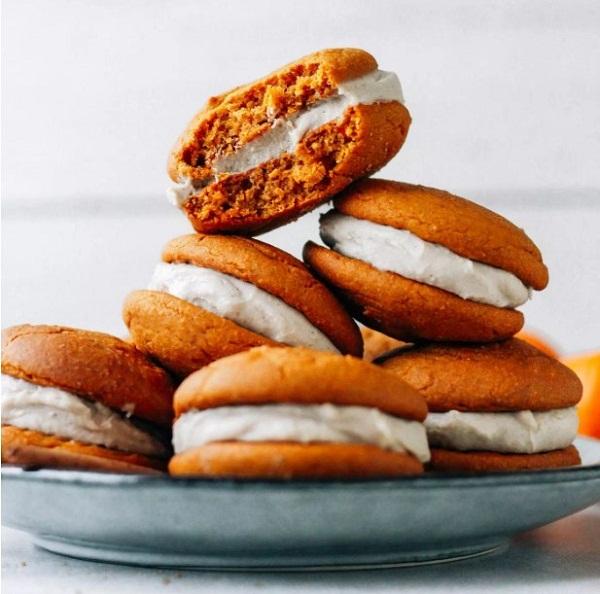 Chai Pumpkin Whoopie Pies