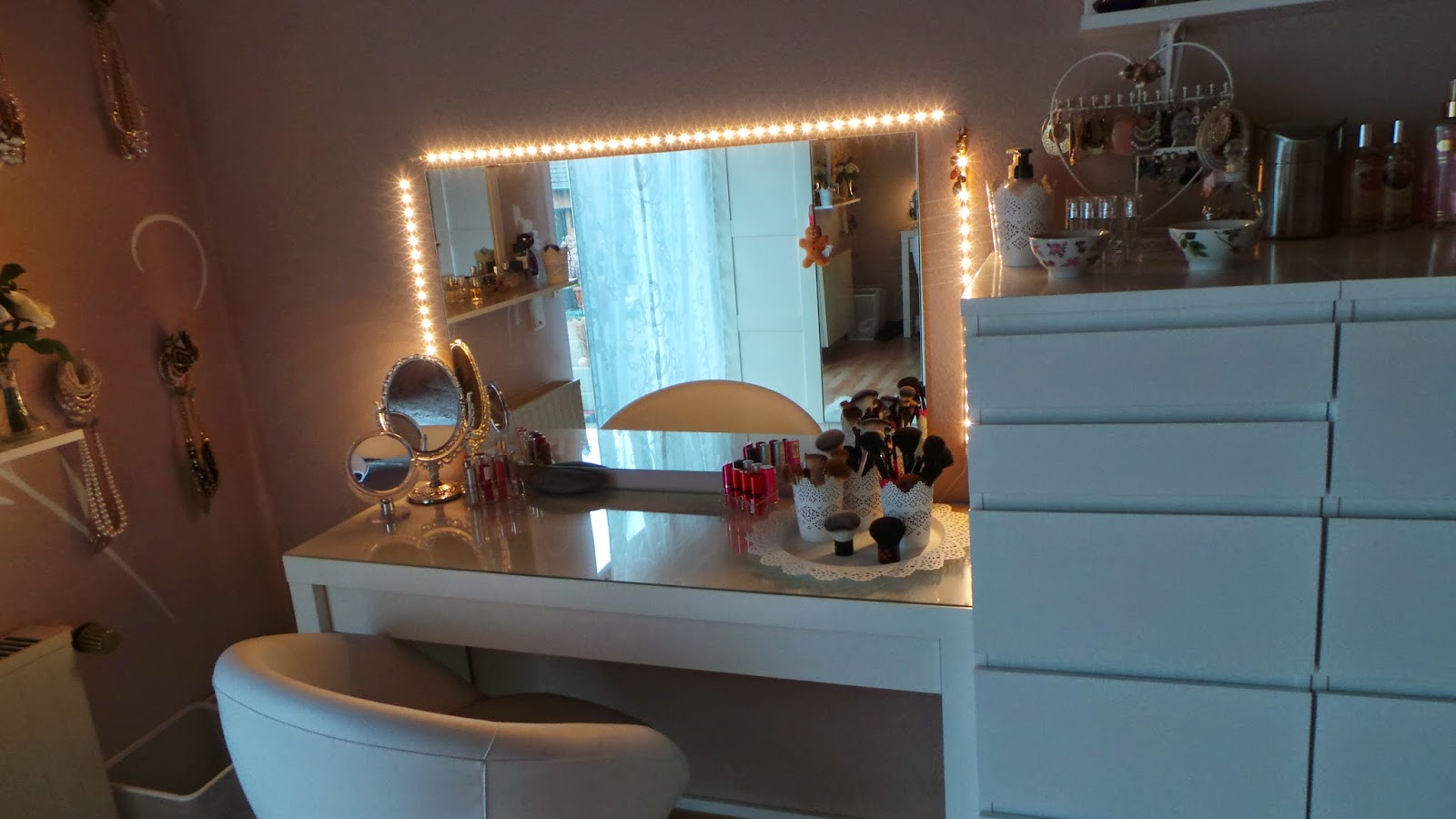 la vida loca mai 2014. Black Bedroom Furniture Sets. Home Design Ideas