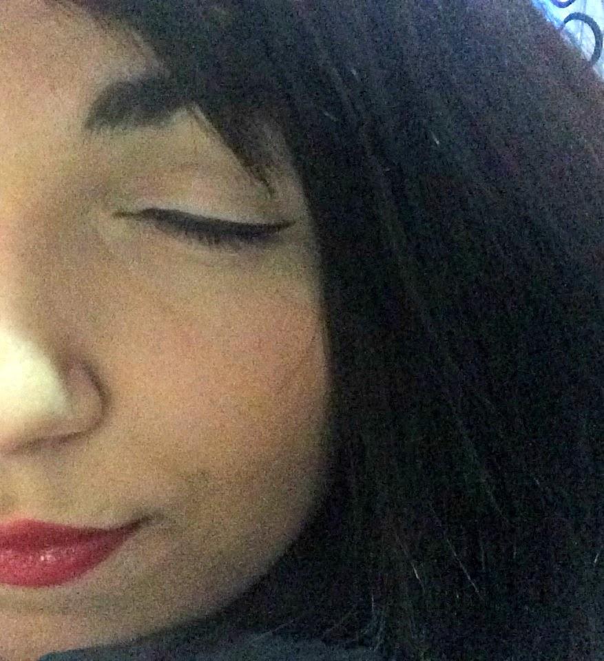 liquid eyeliner korres bubblybeauty