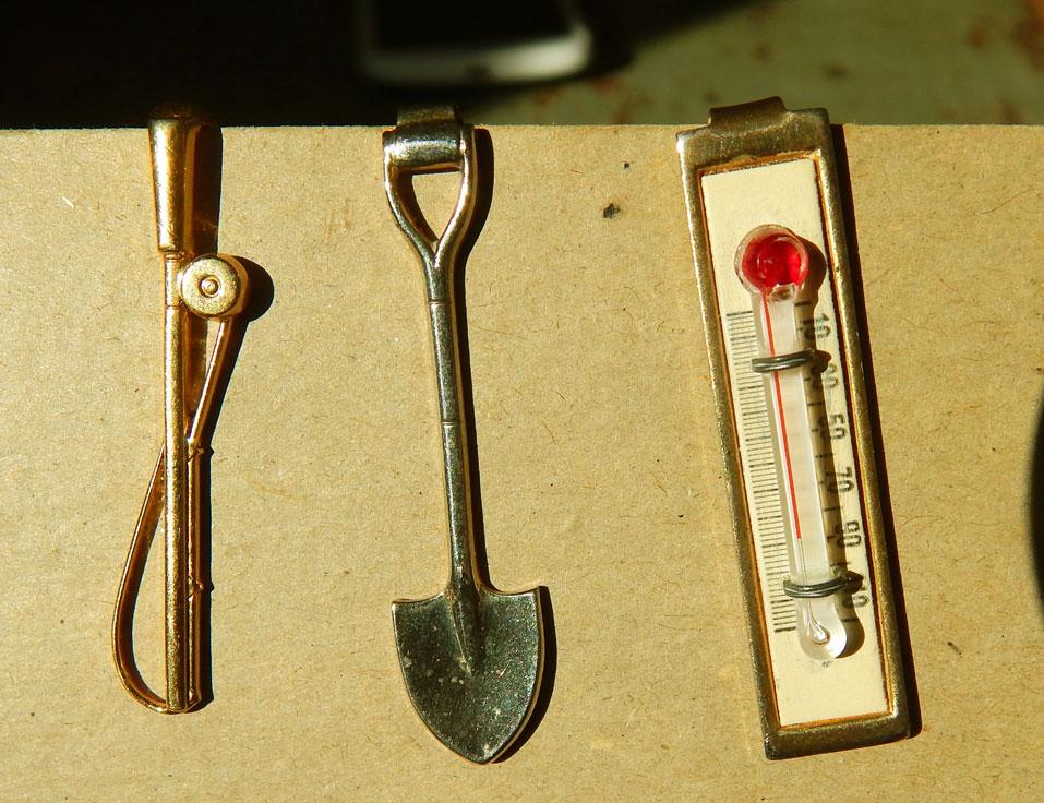 Saturdays Vintage Finds: Vintage Hardware Themed Tiepins & Clips