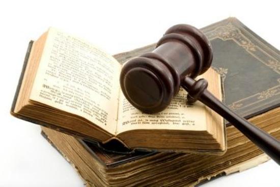 ليس كل خريج قانون يصلح ان يكون محاميا  ؟!!