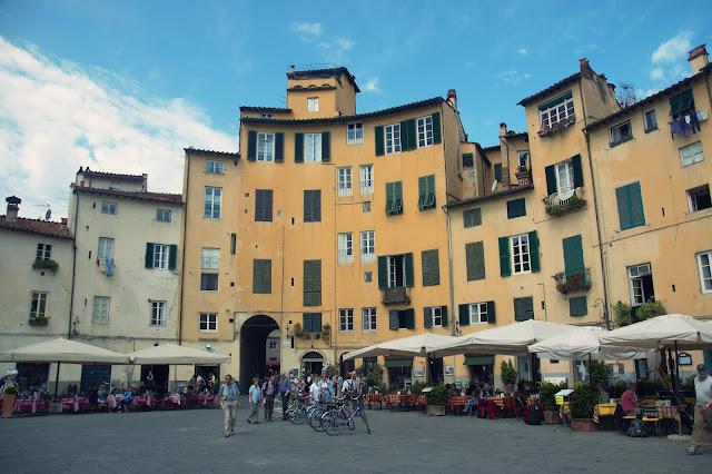 urocze place we Włoszech, Lukka
