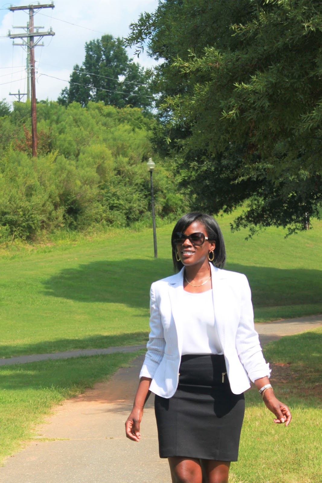3ae4435eda8 I feel pairing the blazer with a black pencil skirt created an easy and  streamlined business casual look.