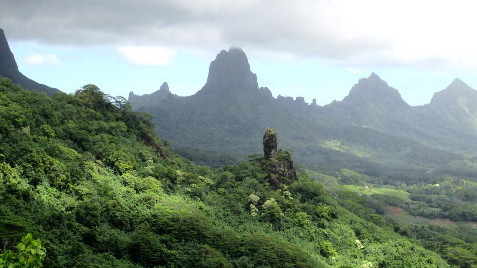 Mont Mou'a Roa à Haapiti