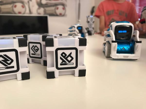 Apprendre à coder avec le robot Cozmo