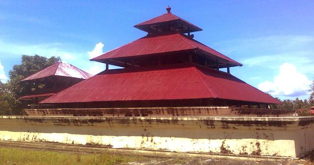 Foto Masjid Indrapura Aceh