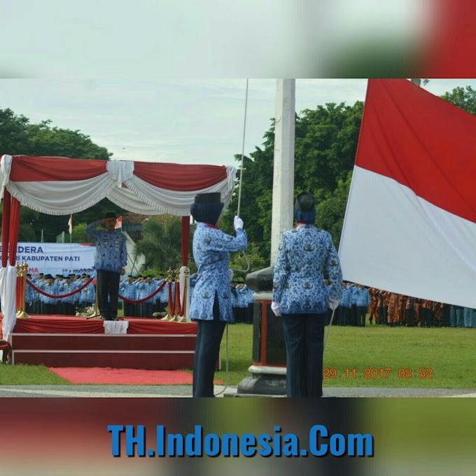 Bupati Haryanto Memimpin Upacara HUT KORPRI ke 46 Di Alun Alun Pati