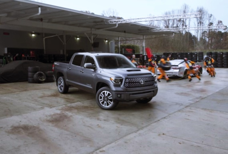 2018 Toyota Tundra Feature Model