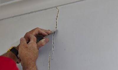 Hasil gambar untuk cara perbaiki tembok pecah