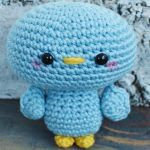 http://www.craftsy.com/pattern/crocheting/toy/free-blu-the-bird-/212232?rceId=1467142033237~kiguj91f