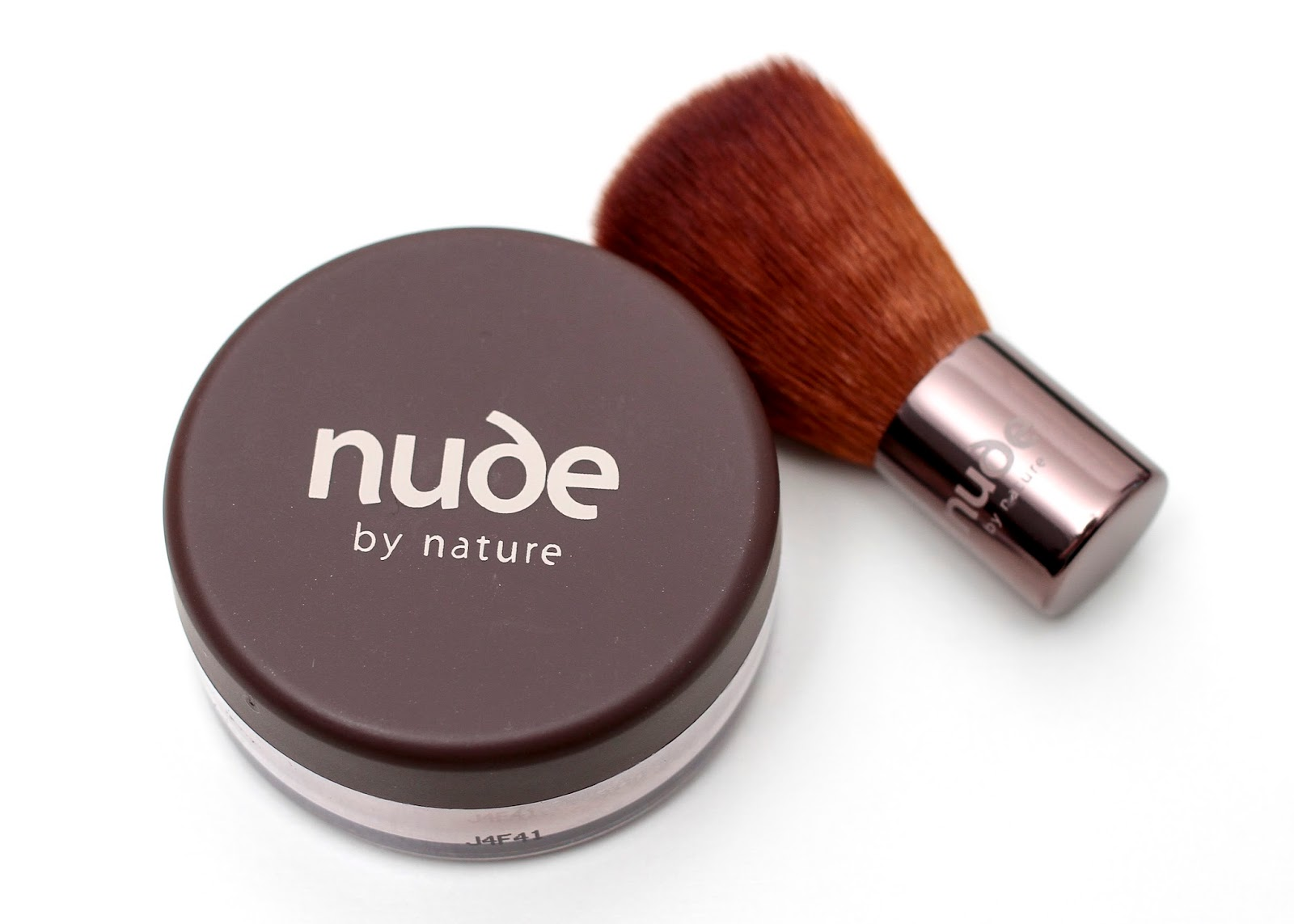 Nude by Nature Light with brush
