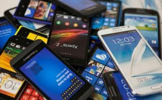 """El Gobierno ratificó la continuidad del plan para adquirir teléfonos a $2.200 en 12 cuotas sin interés por su """"éxito extraordinario""""."""