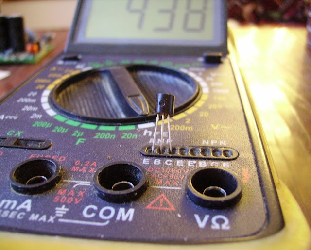 проверка коефициента усиления транзистора мультиметром