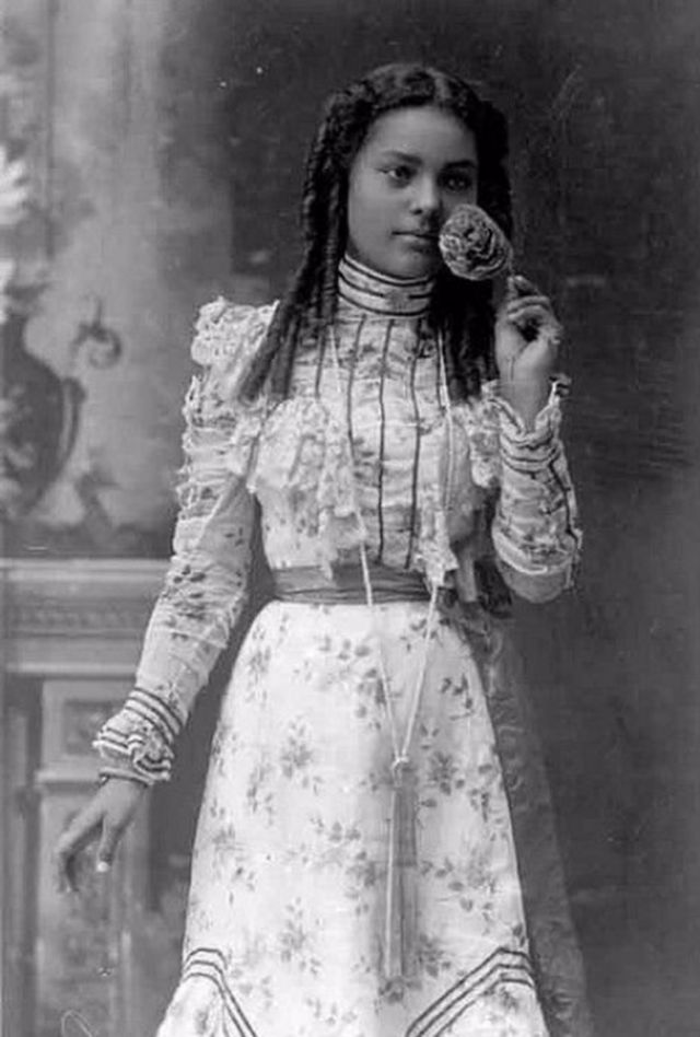 vintage everyday: Lovely Portraits of Victorian Teenage