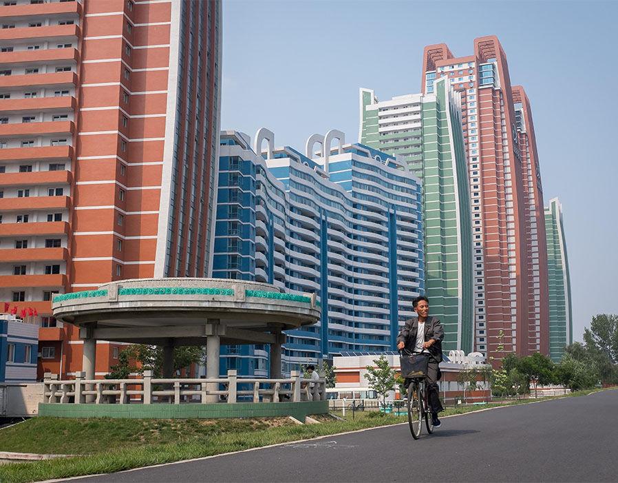 alles schall und rauch wie nordkorea den westen betrachtet. Black Bedroom Furniture Sets. Home Design Ideas