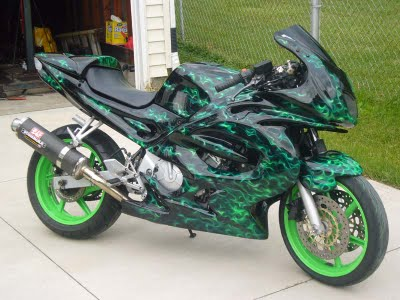 GADGET: Modification Motor Yamaha R6 Green Bubble