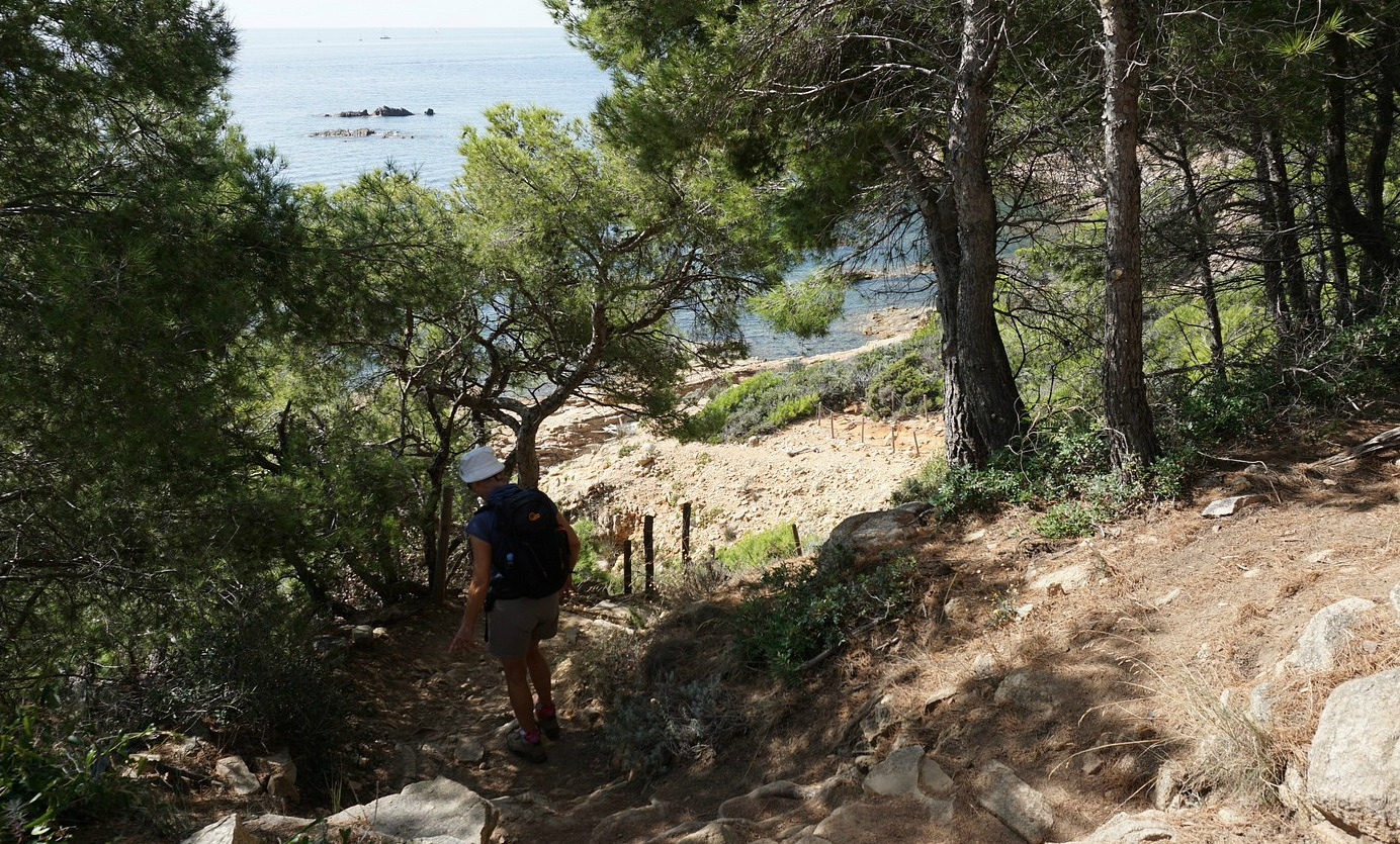 Coastal trail from Cap Camarat to l'Escalet