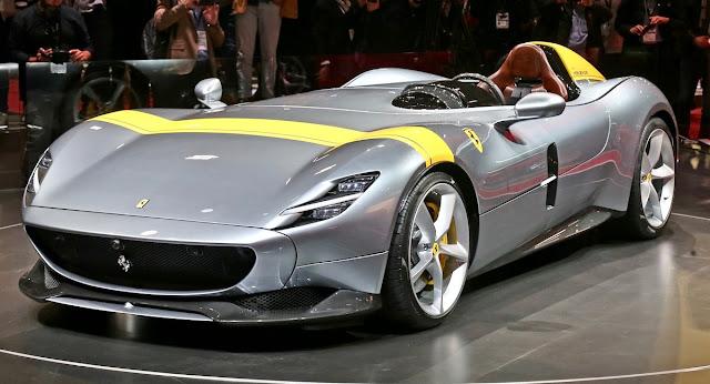 フェラーリ、新型スーパーカー「MONZA SP1、SP2」をパリモーターショーで披露!