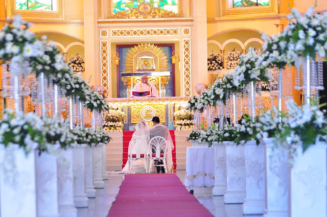 affordable wedding package cebu - church flower arrangement