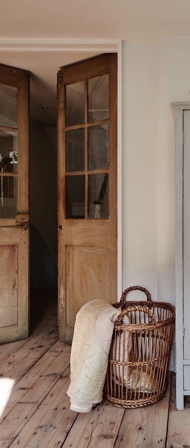 Rustic wood #Frenchdoors to #Frenchfarmhouse