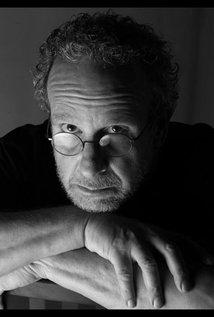 Gary Sherman. Director of Poltergeist 3