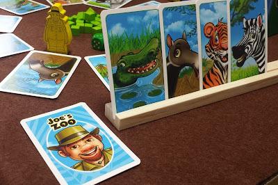ジョーの動物園 予想カードを裏面に出す
