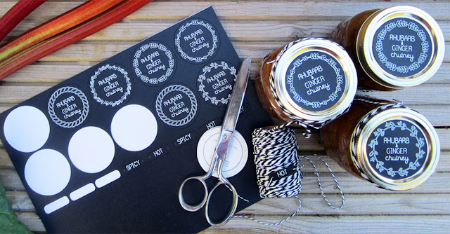 Chalkboard Preserve Labels using Adhesive Chalkboard Cardstock. Janet Packer for Silhouette UK Blog