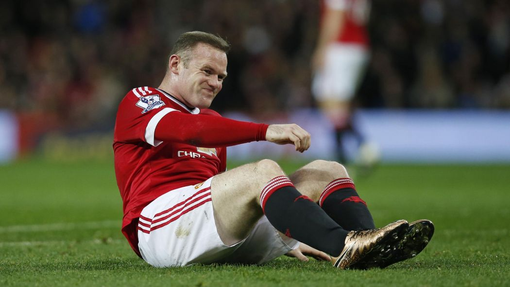 Wayne Rooney faces injury setback
