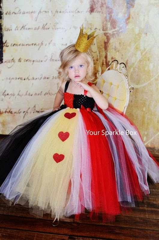 Amazing Queen of Hearts Costume