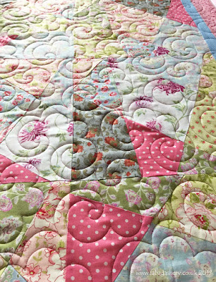 Pat's Stack and Whack quilt with 'Popcorn' digital quilt pattern.