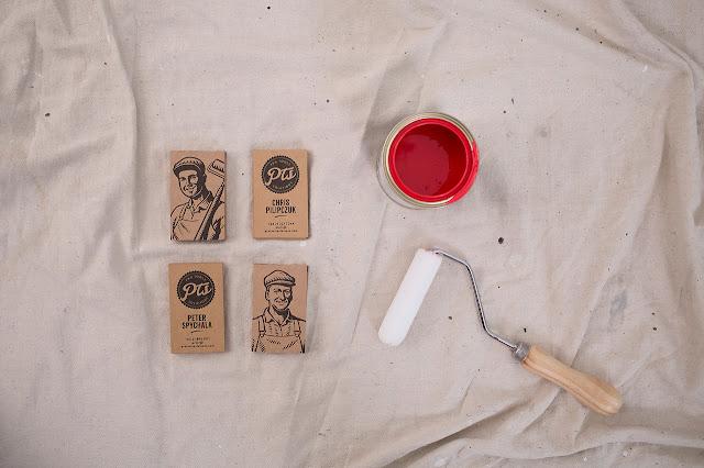 Branding y Packaging con un estilo antiguo para la marca de rodillos Two Fussy Blokes
