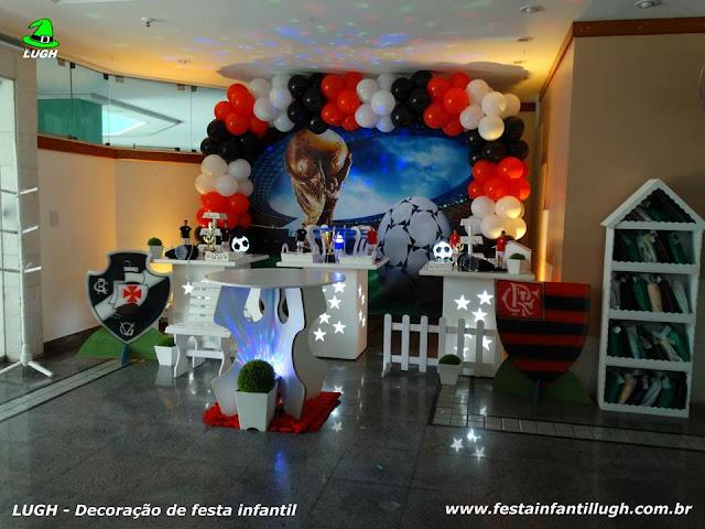 Decoração de festa infantil tema Futebol Flamengo x Vasco - Decoração provençal