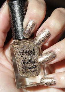 http://lacquediction.blogspot.de/2016/12/trend-it-up-brilliant-moments-nail.html