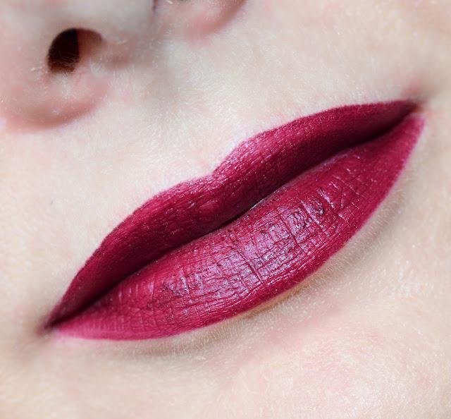 Clarins Joli Rouge  Joli Rouge Velvet 744V plum